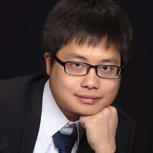 Neil_Nanyi_Qiang_Headshot_square.jpg