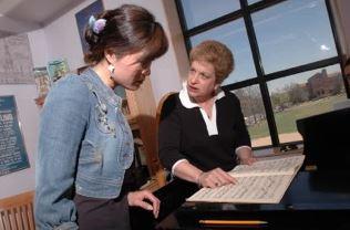 Julie_Simson_-_mezzo-soprano_Teaching.JPG