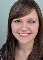 Caitlin_Cusack_Headshot_closeup.jpg